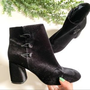 NINE WEST - Khraine suede heeled ankle boots